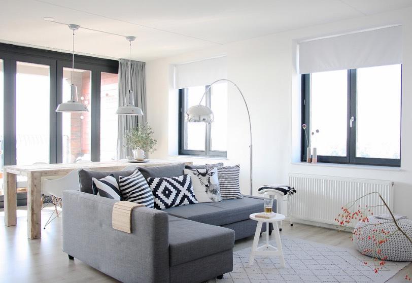 Apartment Living Room Decor A Budget Savillefurniture