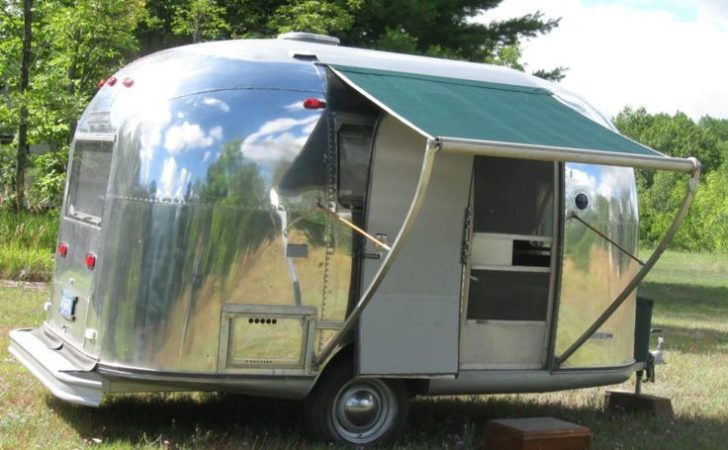 Dream Vintage Airstream Bambi 23 Photo - Can Crusade