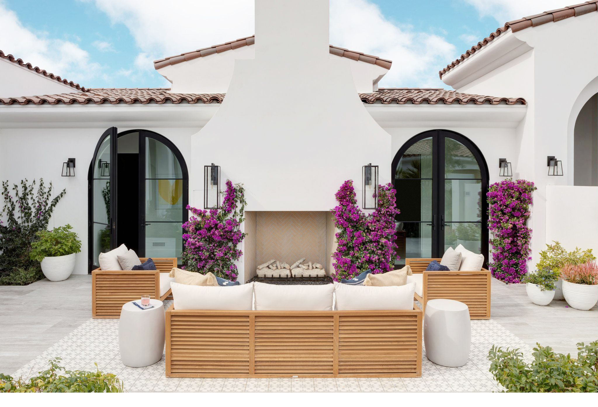 40 Best Patio Ideas for 2019 - Stylish Outdoor Patio Design Ideas