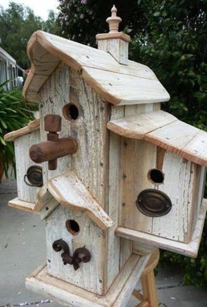 50 Amazing Bird House Ideas For Your Backyard Space | Crafts | Bird