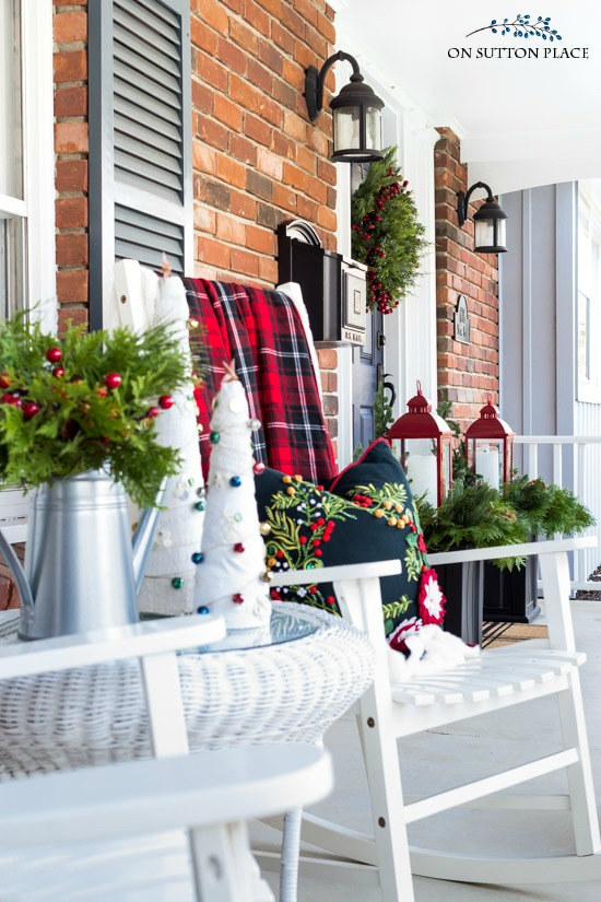 Easy Christmas Porch Decor Ideas - On Sutton Place
