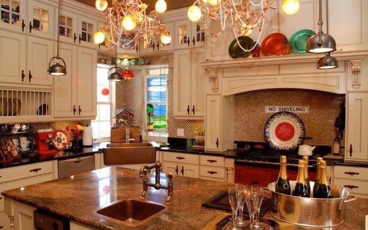 45 Unique Christmas Kitchen Decorating Ideas You Shouldn't Miss