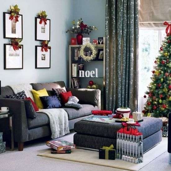 47 Cool Dreamy Christmas Living Room Decor Ideas - DECORRACKS