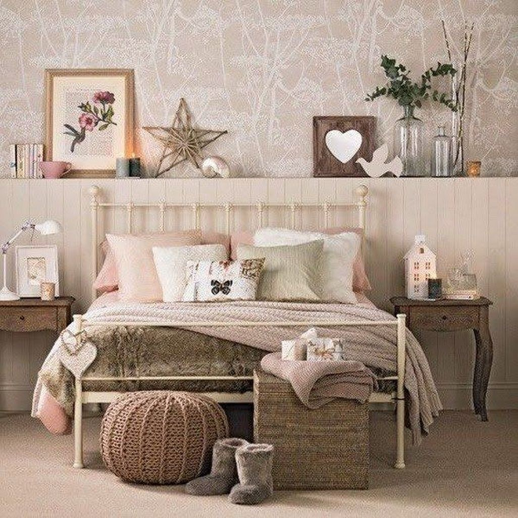 40 Excellent Dream Bedrooms With Vintage Touch That Will Thrill You