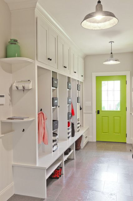 28 Elegant Traditional Entry Design Ideas | Laundry | Mudroom, Room
