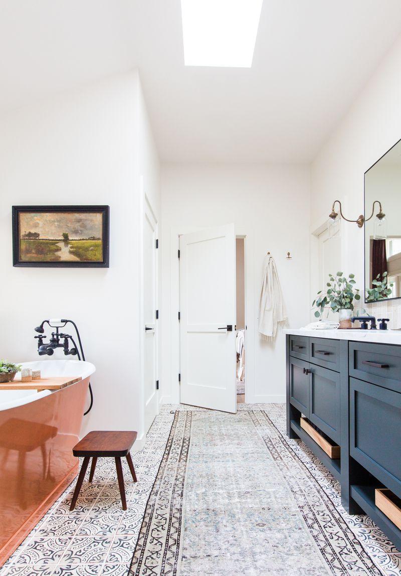 10 Best Farmhouse Bathroom Design Ideas - Farmhouse Bathroom Decor
