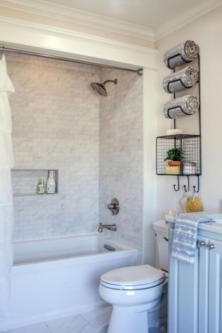 Farmhouse Shower Tile Decor Ideas