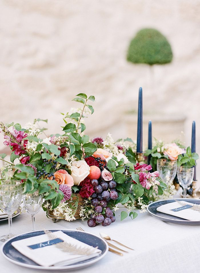 20+ Best Wedding Flower Centerpiece Ideas - Rustic and Modern Table