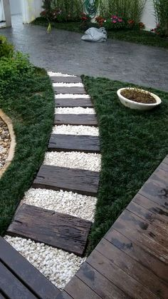 2485 Best Walkway ideas images in 2019 | Garden paths, Dry garden