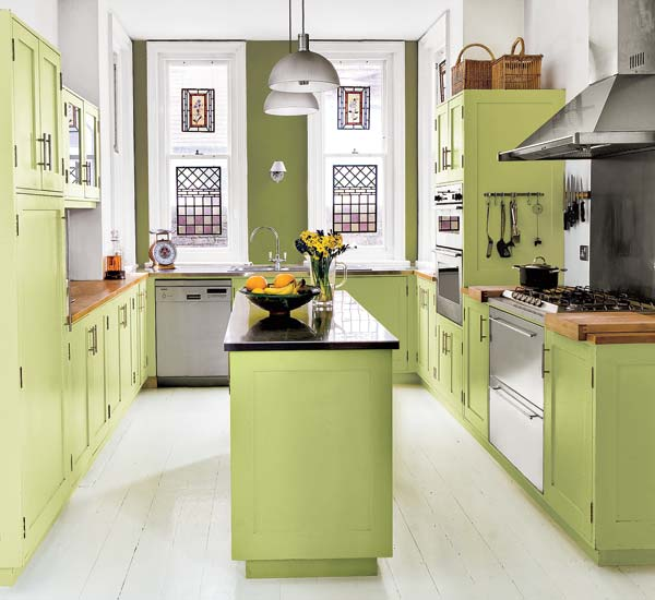 Kitchen Designs With Tones Of Vibrant Colors