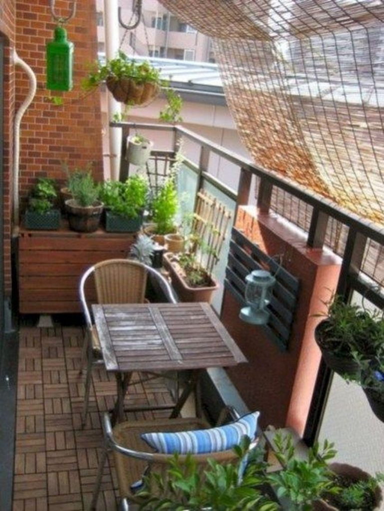 Modern Apartment Balcony Decorating Ideas On A Budget 9