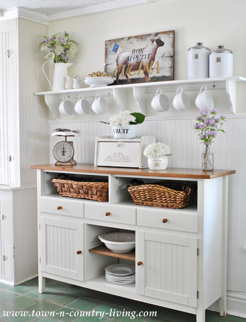 Open Shelving Ideas: How to Style - Town & Country Living