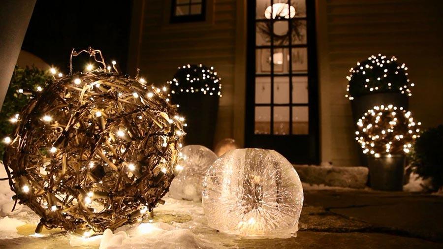 outdoor-Christmas-decor - Christmas Celebration - All about Christmas