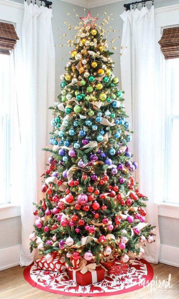 Pretty Christmas Trees Ideas 1