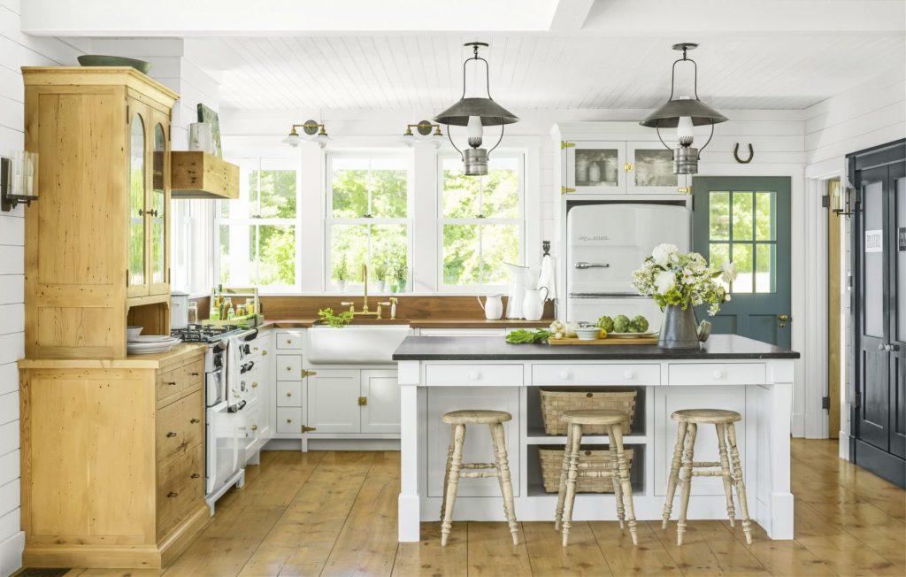 Rustic Farmhouse Living Room Decor Ideas 8