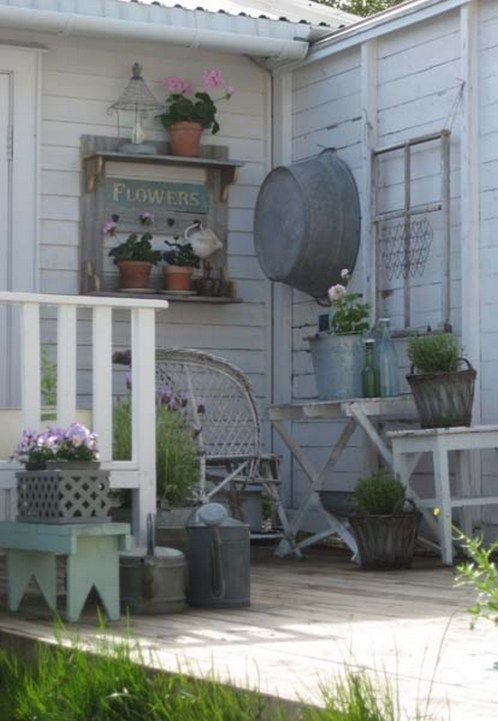 45+ Awesome Rustic Farmhouse Porch Decor Ideas | Outdoors