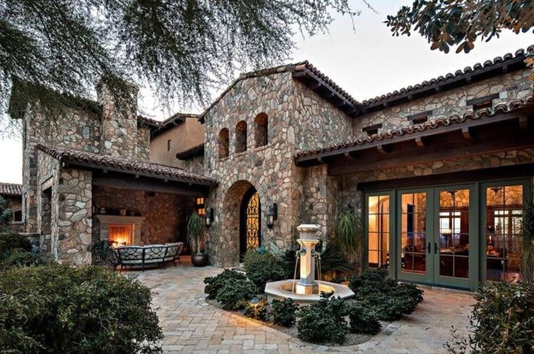 46 Beautiful Rustic Mediterranean Farmhouse Exterior Design Ideas