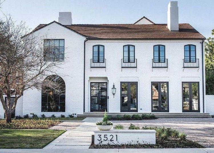 50 Wonderful Rustic Mediterranean Farmhouse Exterior Design Ideas