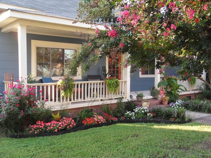Simple Front Yard Landscaping Design Ideas 5
