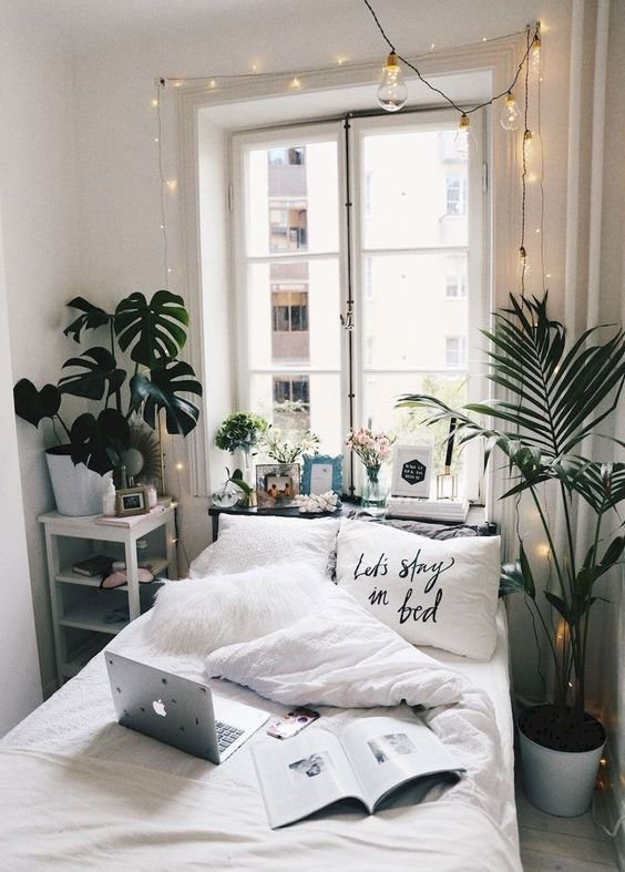 15 Minimalist Room Decor Ideas That'll Motivate You To Revamp Your