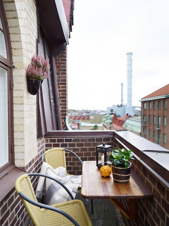 67 Cool Small Balcony Design Ideas - DigsDigs