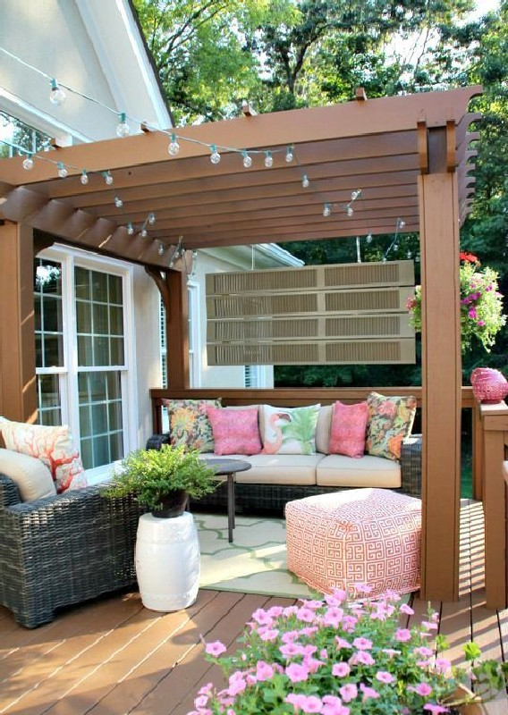 Best Deck Decorating Ideas to For A Stylish Outdoor Space (29