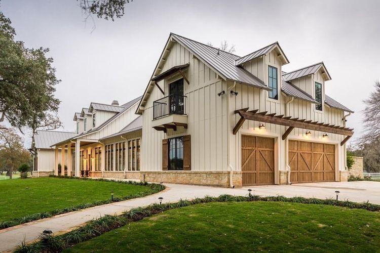 Top Modern Farmhouse Exterior Design Ideas 26 in 2019 | House plans