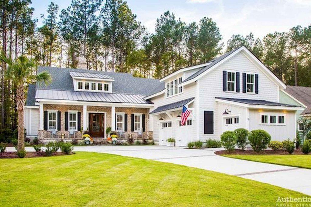 Top Modern Farmhouse Exterior Design Ideas 3