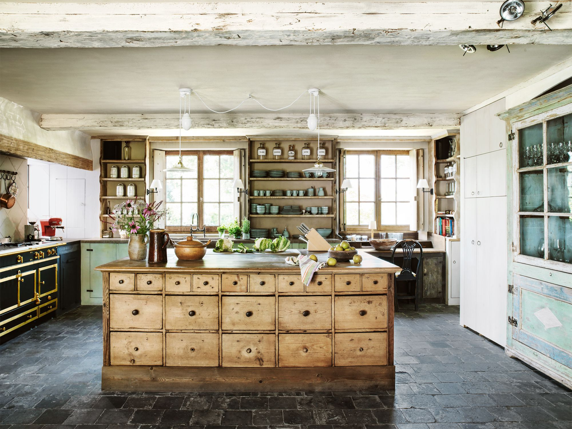 24 Farmhouse Style Kitchens - Rustic Decor Ideas for Kitchens