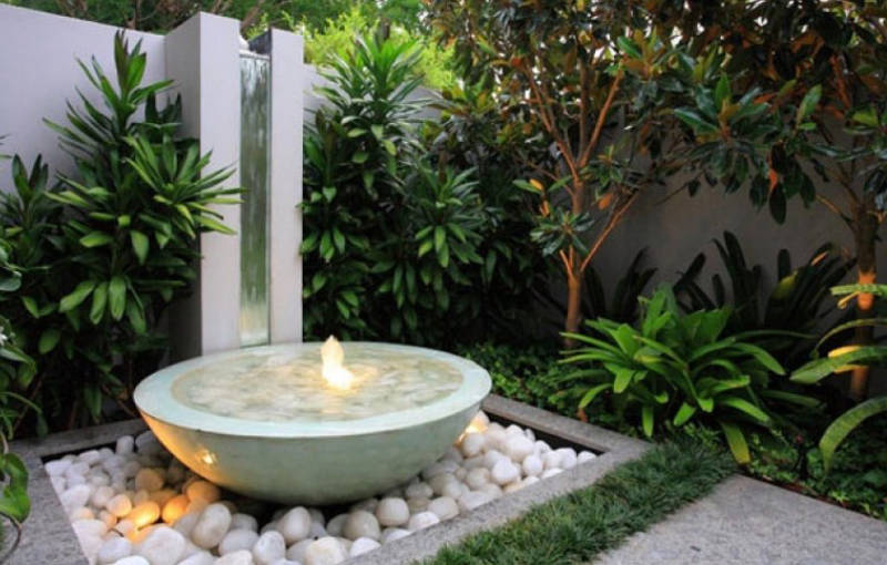 20 Small Garden Water Feature Ideas To Add A Little More Zen To Your