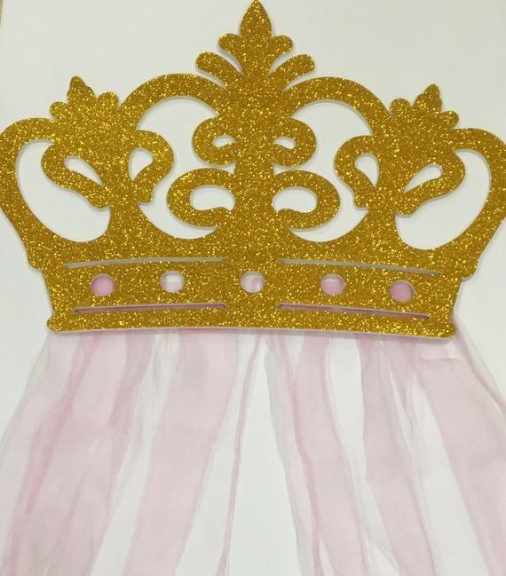 Beautiful wall crown