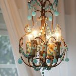 Bright chandeliers types