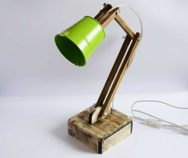 How to create your own adjustable reading lights?
