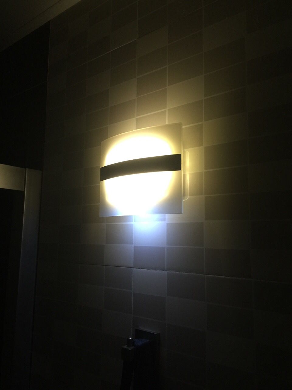 LED lamp adoption for operated wall lamps