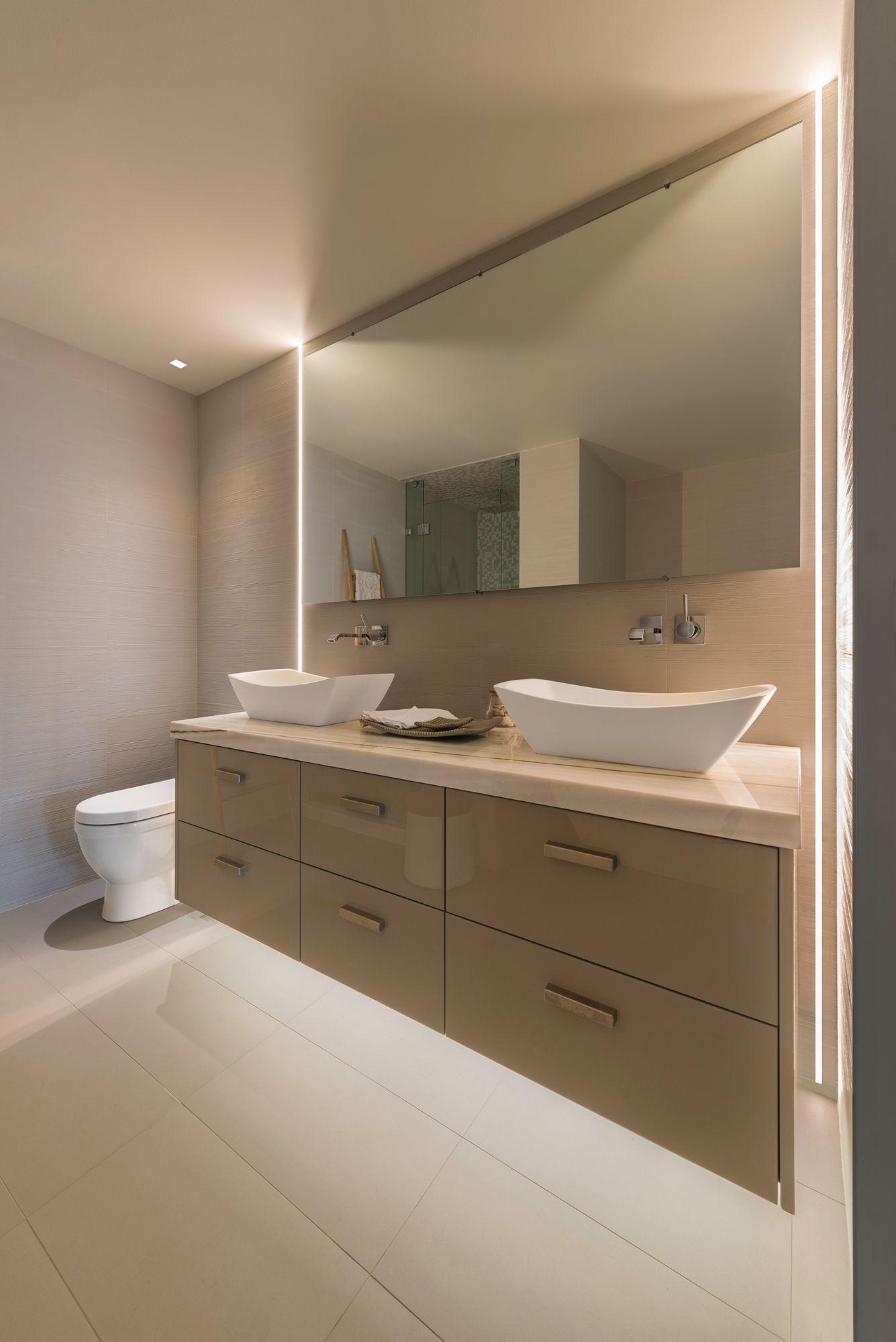 Modern bathroom lighting system