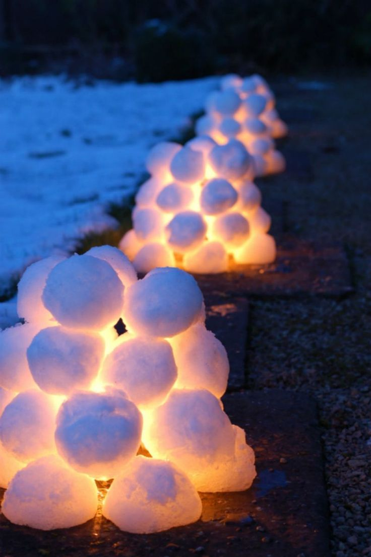 Outdoor decoration with snow lights