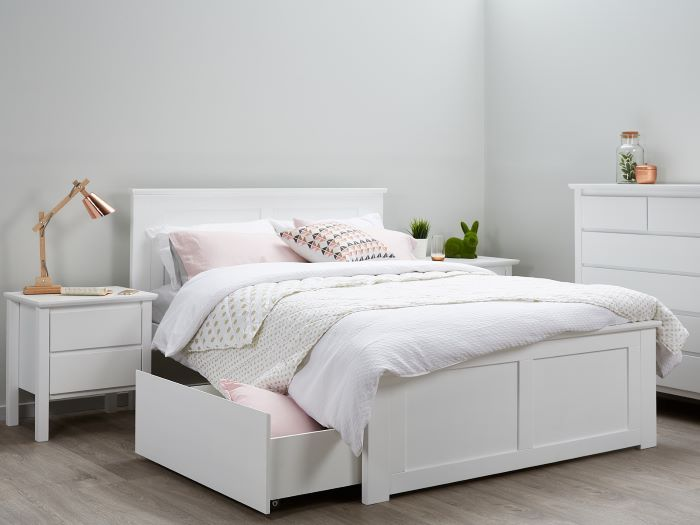white beds furniture