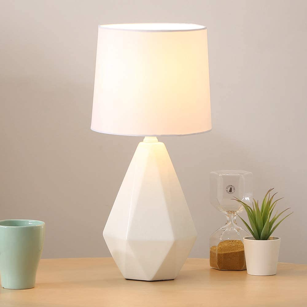 White bedside lamps for your bedroom